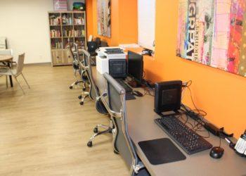 Breezes 2 Business Center