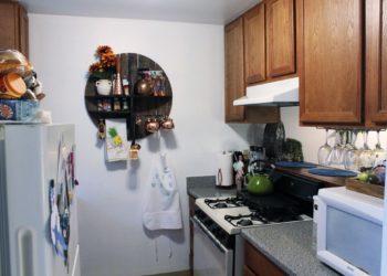 Breezes 2 Kitchen