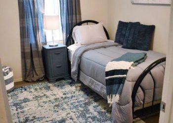 Horizon Square Bedroom