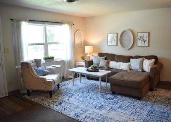 Horizon Square Living Area