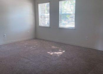 Oak Forest Living Area