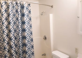 Pinehaven Villas Bathroom