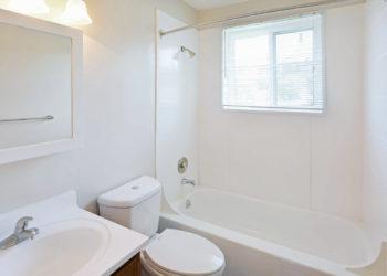 Richland Hills Bathroom